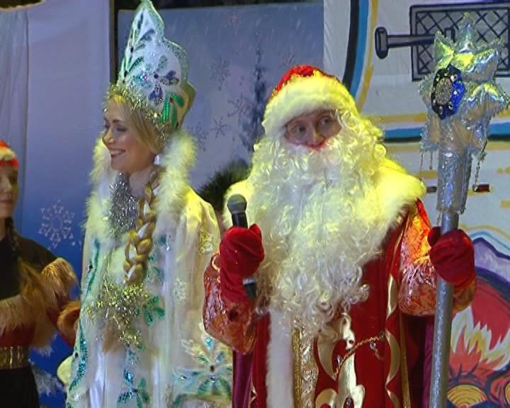Летопись митрополии. Поздравление с Рождеством Христовым студентов духовных школ и архиерейская елка.