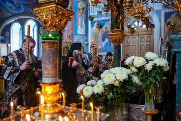 14 марта. Во время утреннего богослужения в Серафимо-Дивеевском монастыре (фото Александра Чурбанова)