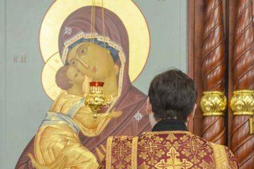 16 ноября. Во время Божественной литургии в Георгиевском храме Воскресенского благочиния (фото Воскресенского благочиния)