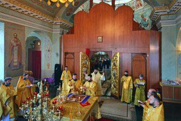 2 декабря. Во время Божественной литургии в Крестовоздвиженском монастыре Нижнего Новгорода (фото Нагорного благочиния)