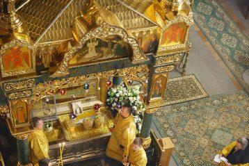 22 декабря. В Троицком соборе Серафимо-Дивеевского монастыря (фото Сергея Лотырева)