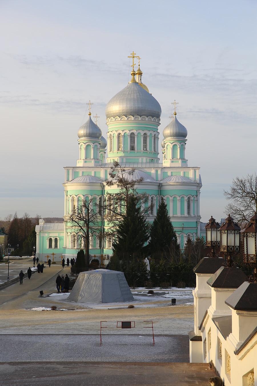 убрать желтизну дивеевский монастырь фото благовещенский собор знает, как