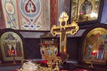 14 января. В Александро-Невском кафедральном соборе (фото Алексея Козориза)