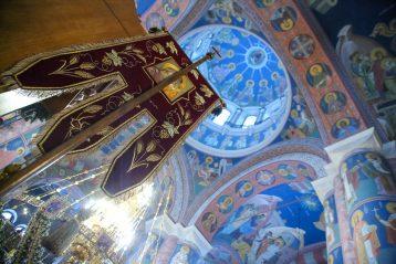 9 января. В Троицком соборе Серафимо-Дивеевского монастыря (фото Александра Чурбанова)