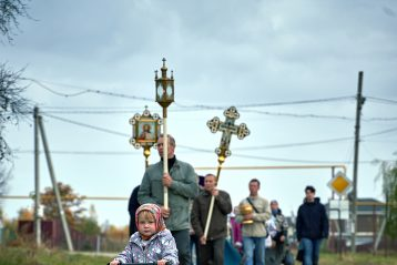 14 октября. Крестный ход из Безводного к Покровской часовне в деревне Михальчиково (фото Кстовского благочиния)