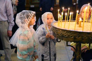 4 октября. В Александро-Невском кафедральном соборе (фото Сергея Лотырева)