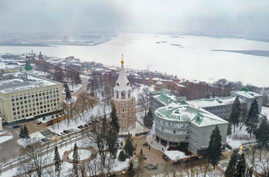31 декабря. Колокольня Нижегородского кремля (фото Александра Фролова)