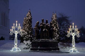 22 января. Памятник Царственным страстотерпцам в Серафимо-Дивеевском монастыре (фото Виолетты Калашниковой)