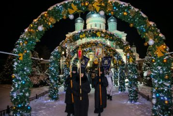 13 января. Крестный ход в Серафимо-Дивеевском монастыре (фото Александра Чурбанова)