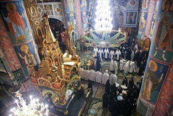 13 января. Молебен на новолетие в Троицком соборе Серафимо-Дивеевского монастыря (фото Александра Чурбанова)