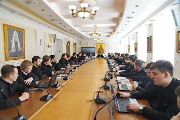 Студенты НДС принимают активное участие в межвузовских олимпиадах и конференциях по философии, отечественной истории и другим дисциплинам гуманитарного направления