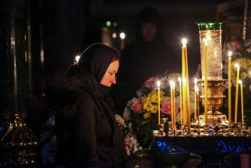 15 марта. В Троицком соборе Серафимо-Дивеевского монастыря (фото Александра Чурбанова)