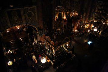 17 марта. В Троицком соборе Серафимо-Дивеевского монастыря (фото Александра Чурбанова)