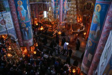 17 марта. Чтение Великого покаянного канона в Серафимо-Дивеевском монастыре (фото Александра Чурбанова)