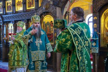 2 марта. Божественная литургия в Выксунском Иверском женском монастыре (фото Александра Чурбанова)