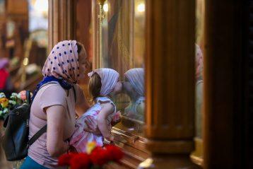 16 мая. В Александро-Невском кафедральном соборе (фото Александра Чурбанова)