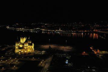 2 мая. Александро-Невский кафедральный собор (фото Александра Фролова)
