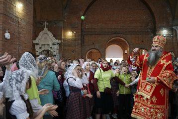 8 мая. В соборе в честь Воскресения Христова Воскресенского благочиния (фото Виолетты Калашниковой)