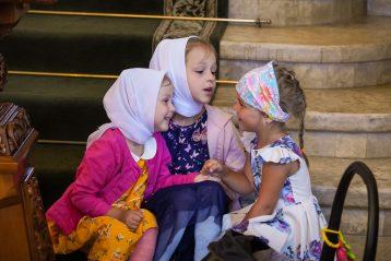 4 апреля. В Александро-Невском кафедральном соборе (фото Виолетты Калашниковой)