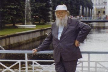 Митрополит Николай во время неофициального приезда в Санкт-Петербург
