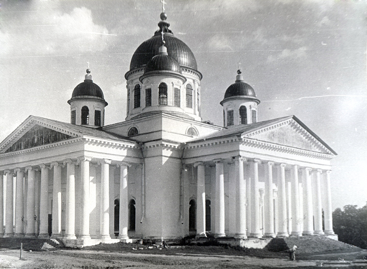 Арзамасский Воскресенский кафедральный собор в 1988 году