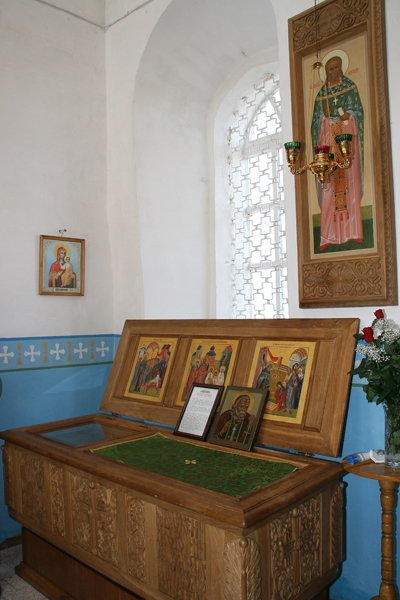 Рака с мощами св. прав. Алексия Бортсурманского в Успенской церкви с. Бортсурманы. Фото Б. Поварова