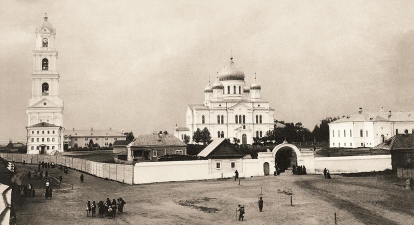 Вид Серафимо-Дивеевского монастыря с южной стороны. Фото 1903 г.