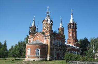 Храм в честь Пророка Предтечи и Крестителя Господня Иоанна с. Ивановское