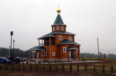 hram-v-chest-prepodobnogo-serafima-sarovskogo-d-kozhevennoe