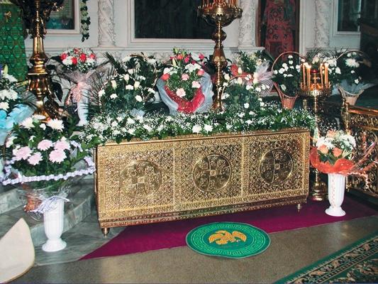 Рака с мощами св. прп. старца Тимона Надеевского в Костромском Богоявленско-Анастасиином кафедральном соборе