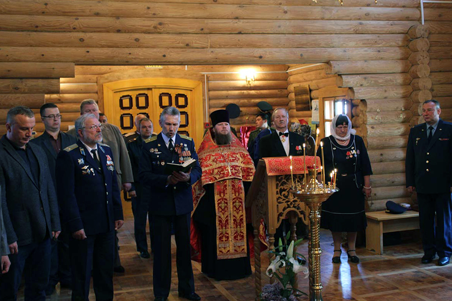 Благодарственный молебен по случаю 20-летия служения  протоиерея Виктора Полякова в послушании военного священника.  Фото Приокского благочиния