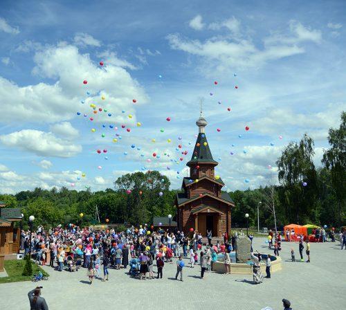 1 июня. Праздник в честь дня защиты детей в Троицком храме (Копосово) (фото Сормовского благочиния)
