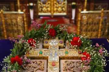 27 сентября. В Крестовоздвиженском монастыре Нижнего Новгорода (фото Сергея Лотырева)