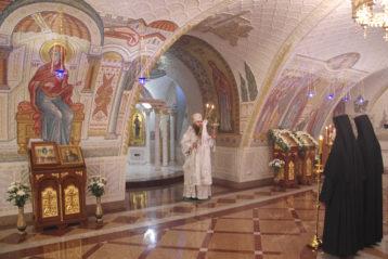 21 декабря. В Благовещенском соборе Свято-Троицкого Серафимо-Дивеевского монастыря (фото Алексея Козориза)