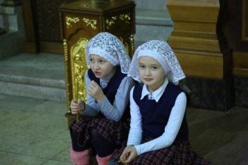 6 декабря. В Александро-Невском кафедральном соборе (фото Сергея Лотырева)