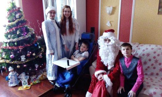 Волонтеры движения «Милосердие» поздравили нижегородские семьи с Рождеством Христовым