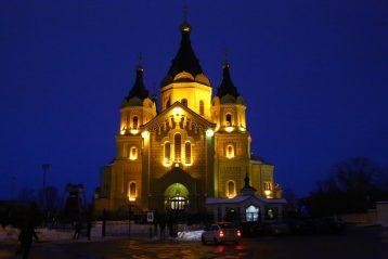 1 января. Кафедральный собор в честь святого благоверного князя Александра Невского (фото Сергея Лотырева)