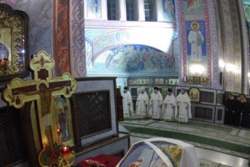 7 января. В Александро-Невском кафедральном соборе (фото Алексея Козориза)