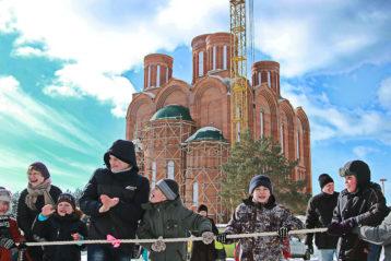 26 февраля. Масленичные гулянья в Дзержинске (фото Натальи Уваровой)