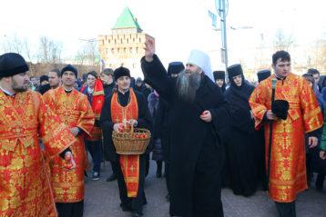 16 апреля. Пасхальный крестный ход (фото Сергея Лотырева)