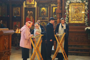 13 мая. В Александро-Невском кафедральном соборе Нижнего Новгорода (фото Сергея Лотырева)
