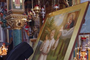 17 мая. В Троицком соборе Свято-Троицкого Серафимо-Дивеевского монастыря (фото Алексея Козориза)