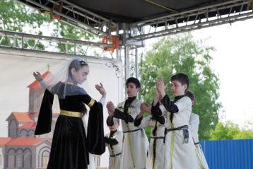 28 мая. Праздник, посвященный основанию храма в честь святой равноапостольной Нины, просветительницы Грузии (фото Алексея Козориза)