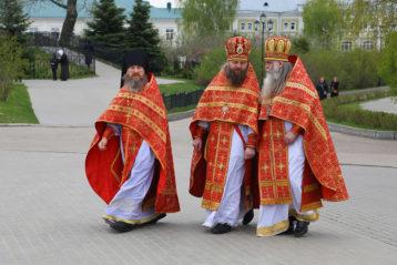 6 мая. В Свято-Троицком Серафимо-Дивеевском монастыре (фото Сергея Лотырева)