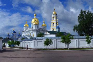 1 июня. монастырь в честь Владимирской иконы Божией Матери (с.Оранки) (фото Алексея Козориза)