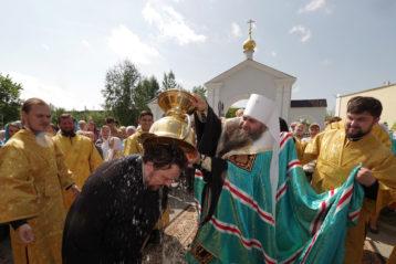 28 июля. После освящения колоколов для Карповской церкви Нижнего Новгорода (фото Алексея Козориза)