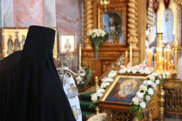 10 августа. В Троицком соборе Свято-Троицкого Серафимо-Дивеевского монастыря (фото монастыря)