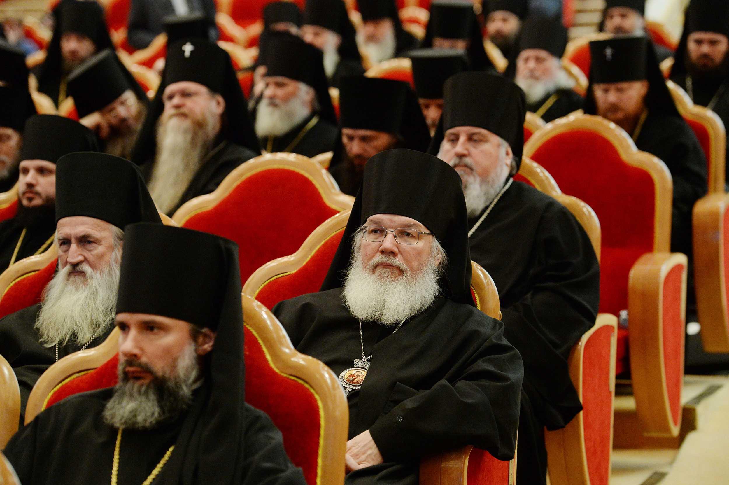 В работе Архиерейского Собора Русской Православной Церкви принимают участие 347 архиереев