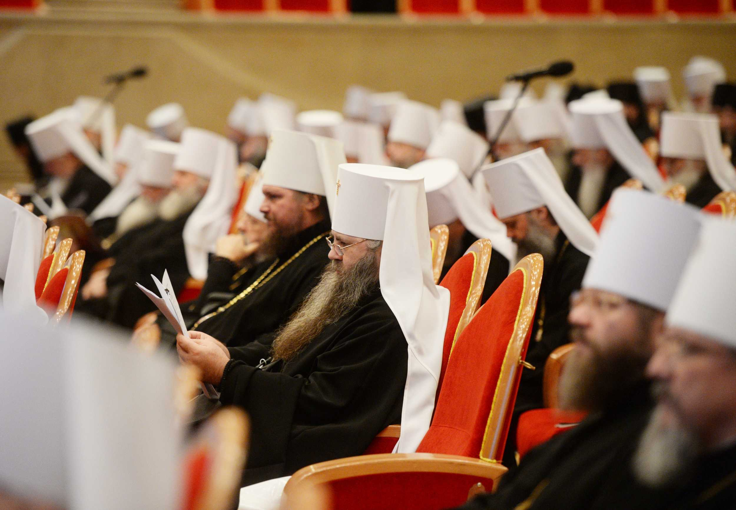 Архиерейский Собор принял Положение о монастырях и монашествующих