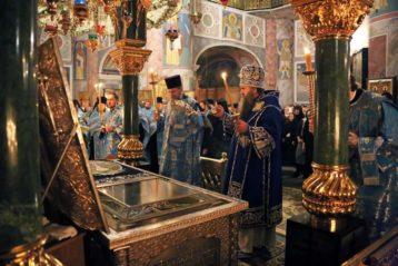 21 декабря. Всенощное бдение в Серафимо-Дивеевском монастыре (фото монастыря)